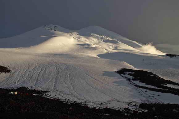 Восхождение на Эльбрус с севера. Вид на восточную вершину