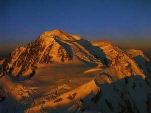 Гора-Монблан_высота-с-экстримом_вид с самолета