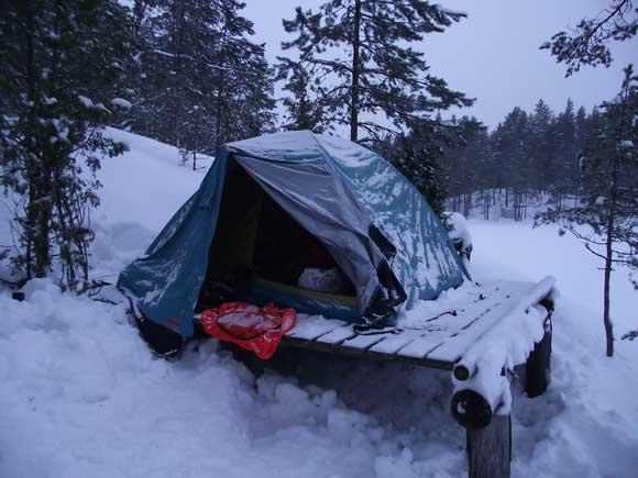 Озеро Ястребиное лагерь