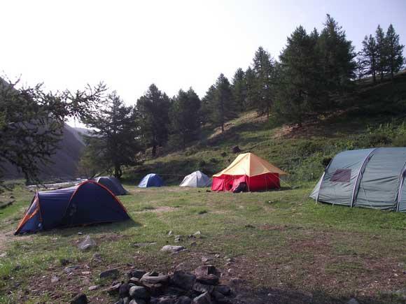 Монгун-Тайга. Лагерь экспедиции.