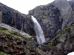 Водопад Вайкис-великан