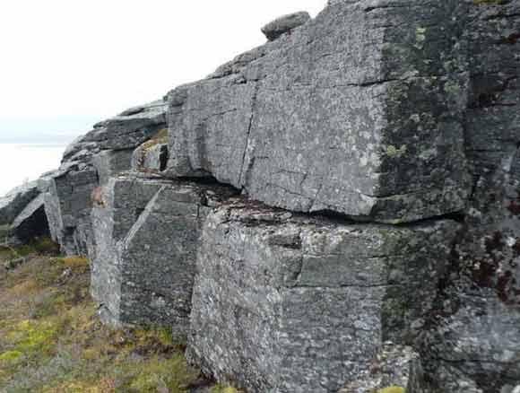 Остатки сооружений на горе Нинчурт