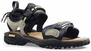 Обувь для туризма: спортивные сандалии