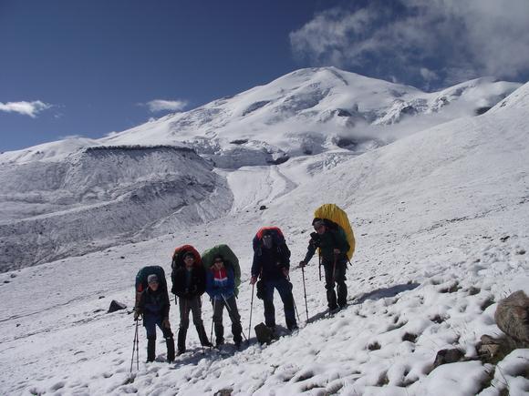 Гора Эльбрус с запада