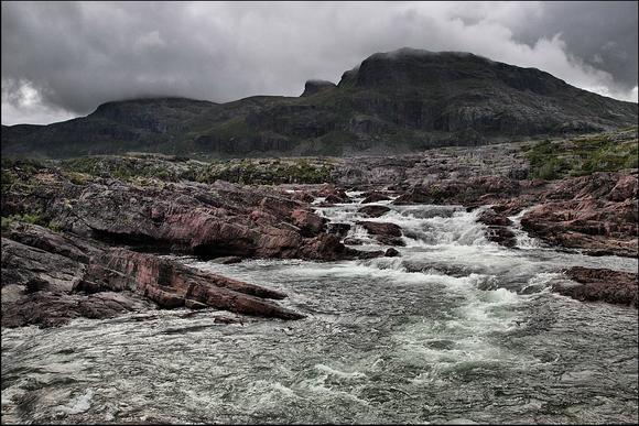 Национальный парк Сарек: бурные реки с опасной переправой