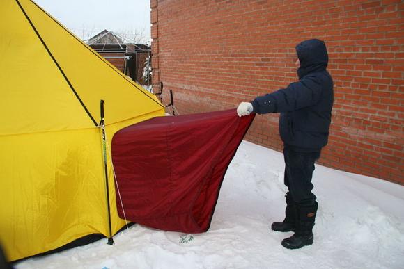 Вход тубус в зимнюю палатку с печкой
