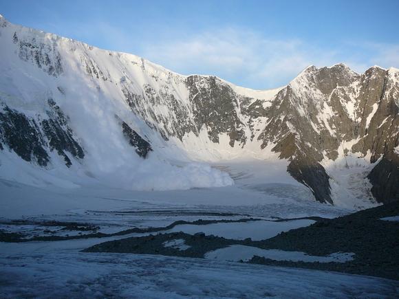 Виды снежны лавин - козырек