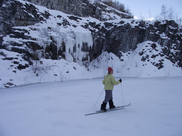Обход на лыжах мраморного карьера Рускеала