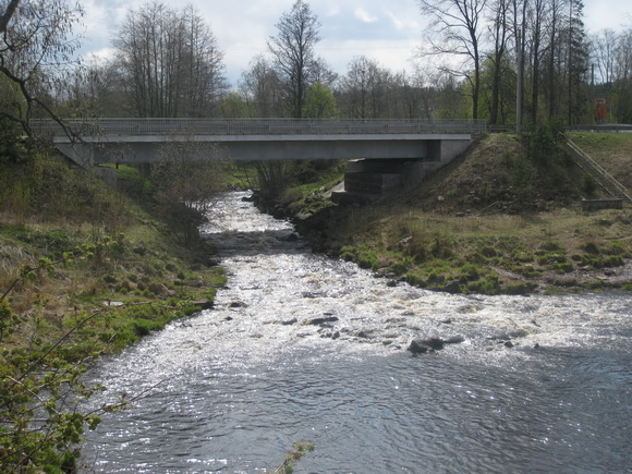 Порог на реке Вьюн