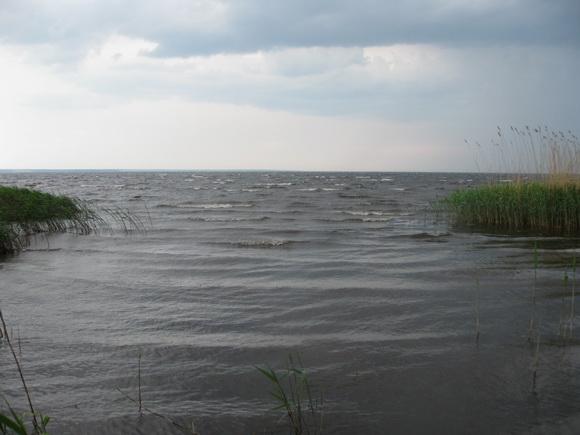 Шторм и гроза в Тайпаловском заливе на Ладоге