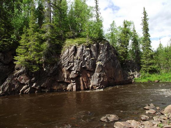 Река Серга, Мурманская область. Скалы