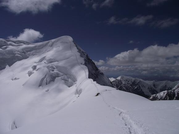 Плечо Чапаева, маршрут восхождения на Хан-Тенгри