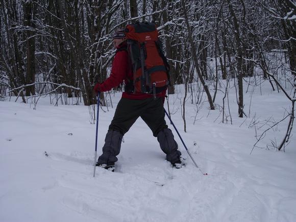 Поднимаемся на лыжах в гору ёлочкой