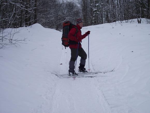 Актуальные техники подъема на лыжах в гору: лесенка