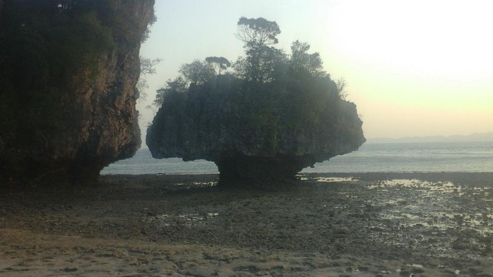 Отлив на островах Андаманского моря