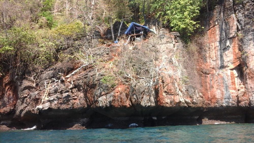 Даун шиферы на острове Пхи Пхи Ле